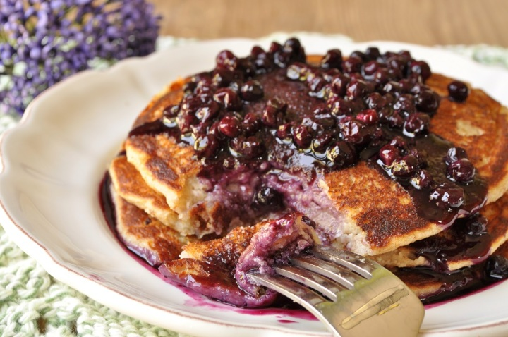 Yogurt-Spelt Pancakes with Wild Blueberry Sauce
